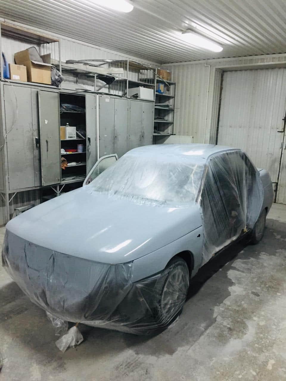 автомобиль на покраске